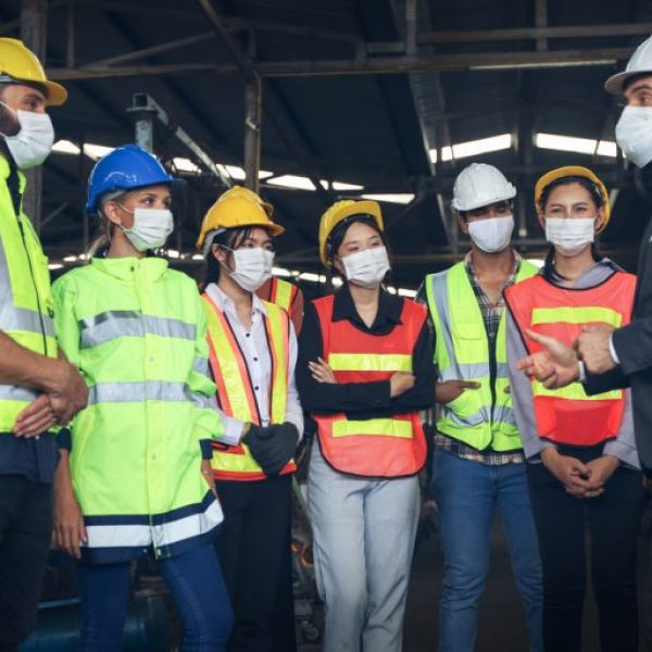 Safety-Leader-and-Team-768x512